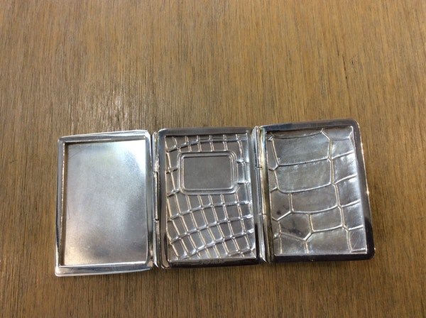 A silver triple frame - image 5