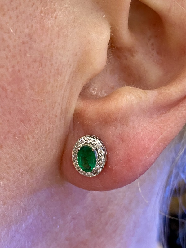1.25ct Natural Emerald and Diamond Earrings - image 4