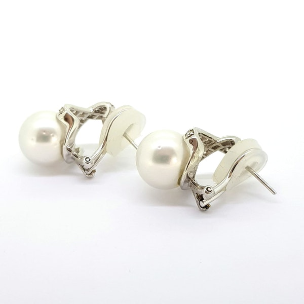 Pearl and Diamond earrings - image 2