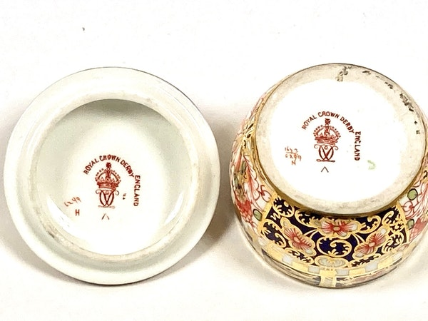 Pair of Royal Crown Derby miniature saucepans & covers - image 5