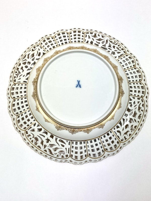 Set of fine reticulated Meissen plates - image 14