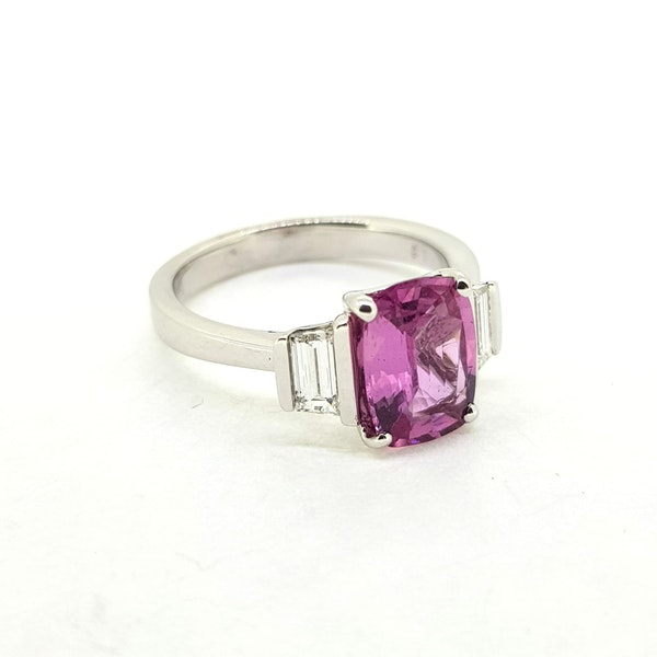 Pink Sapphire and Diamond ring in 18ct white gold - image 2