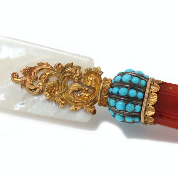 Russian carnelian, turquoise and mother of pearl gold mounted desk set by Hahn, St. Petersburg , c.1890 - image 10