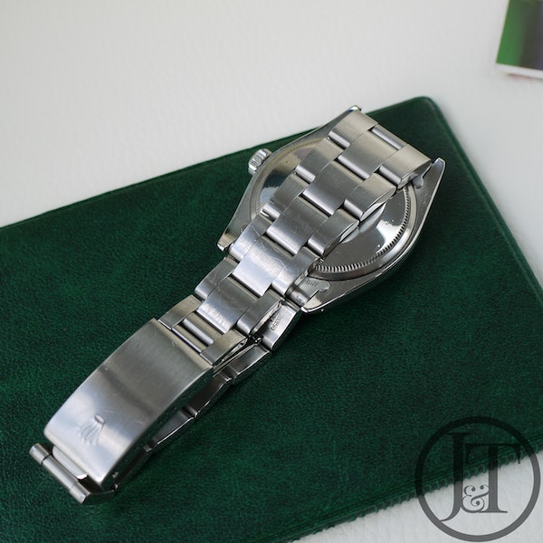 Rolex Air-King Date 5700 Silver Dial - image 4