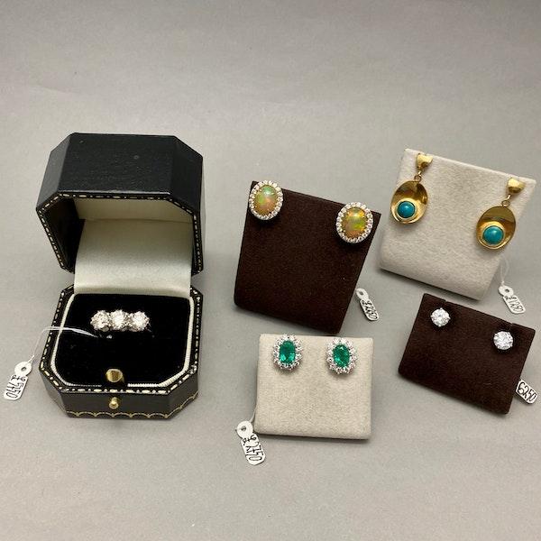 Three stone Diamond Ring in Platinum date circa 1960 SHAPIRO & Co since1979 - image 9