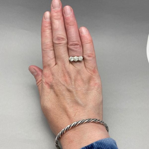 Three stone Diamond Ring in Platinum date circa 1960 SHAPIRO & Co since1979 - image 11