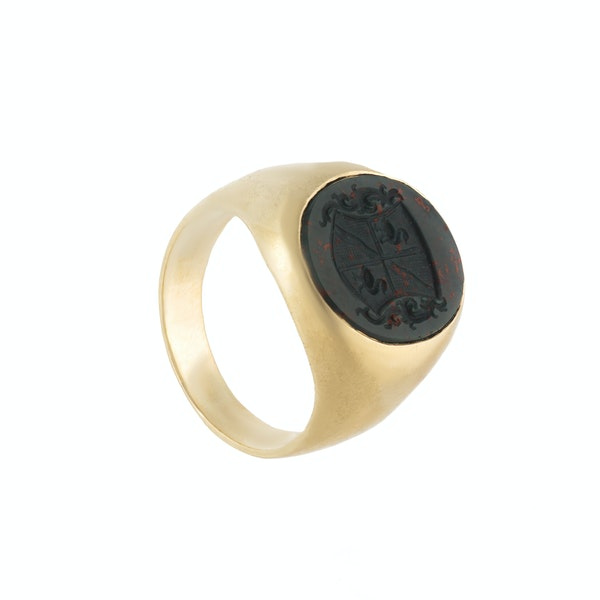 A Gold Bloodstone Signet Ring - image 2