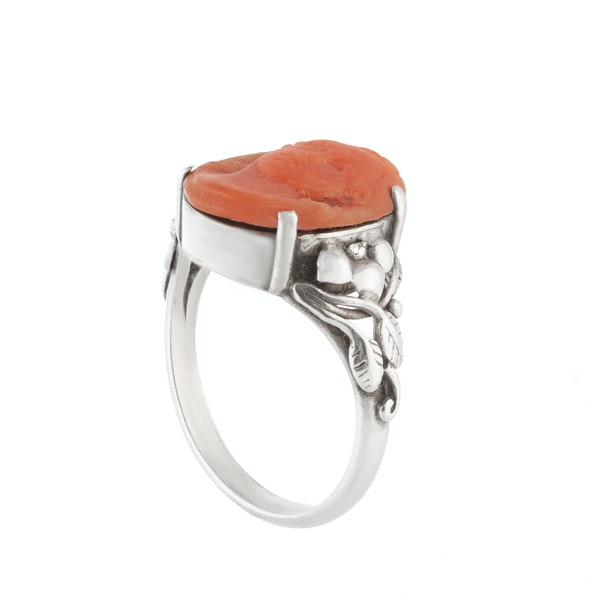 A Silver Coral Arts & Crafts Ring - image 2