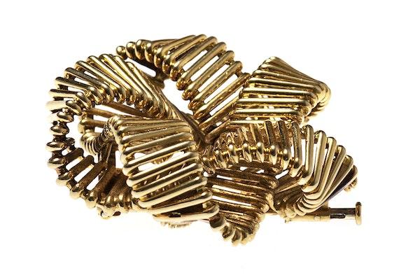 Vintage Hermes Gold Openwork Brooch circa 1950. - image 4
