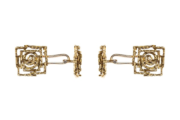 Vintage Cufflinks of Abstract Design in 18 Carat Gold - image 2