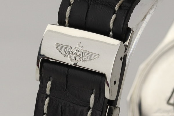 Breitling Bentley Special Edition 45 mm Chronograph - image 7