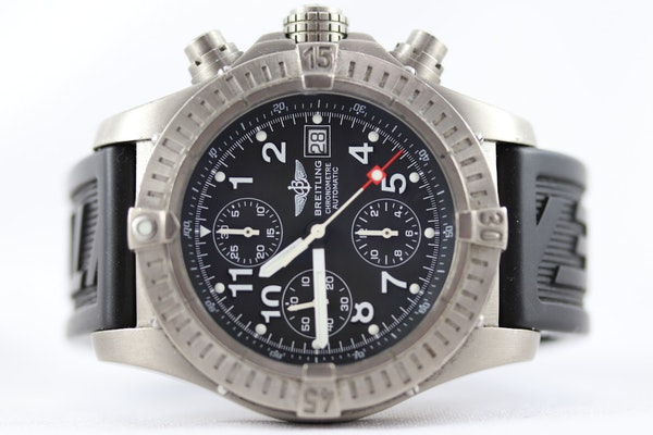 Breitling Avenger Chronograph titanium E13360 44mm - image 4