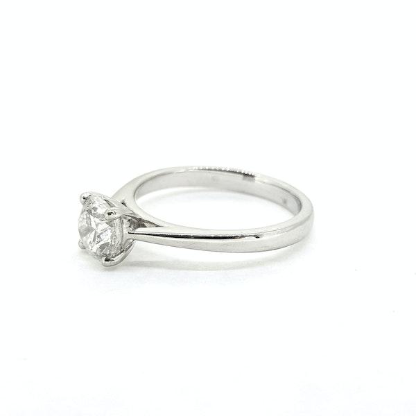 Diamond Solitaire ring, 1ct, F colour, IGI Certificate - image 4