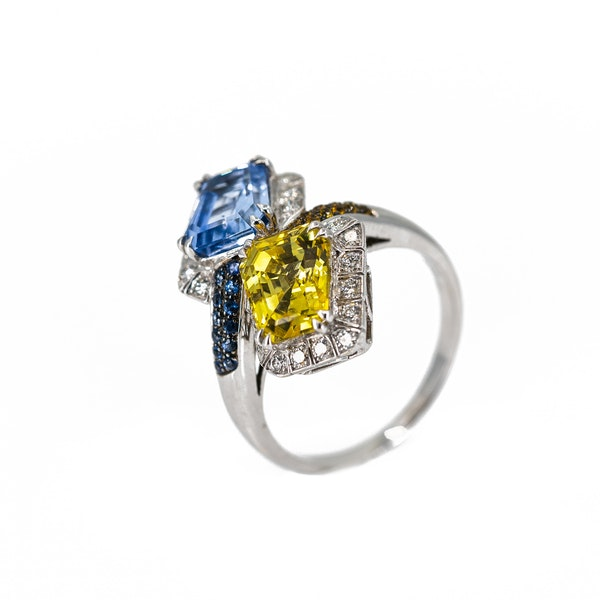 A Sapphire Cocktail Ring by Chatila Offered by The Gilded Lily - image 3