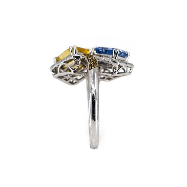 A Sapphire Cocktail Ring by Chatila Offered by The Gilded Lily - image 4