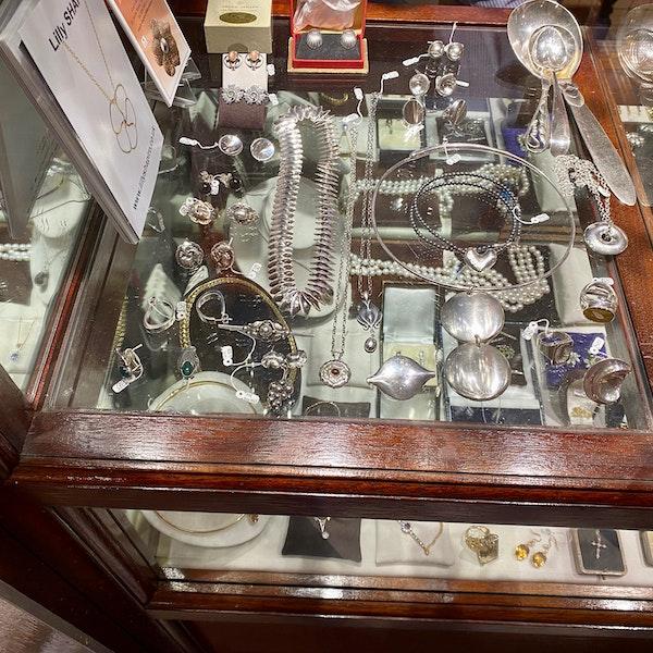 Georg Jensen Brooch in Silver date post 1945 mark SHAPIRO & Co since1979 - image 8