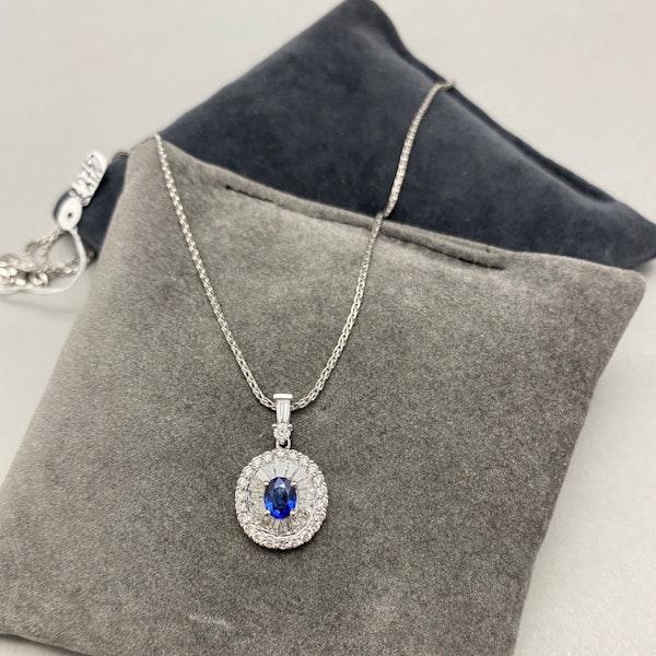 Sapphire Diamond Pendent in 18ct White Gold date circa 1990 SHAPIRO & Co since1979 - image 3