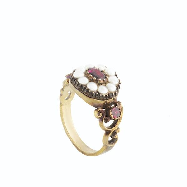 A Georgian Gold Garnet and Pearl Ring - image 2