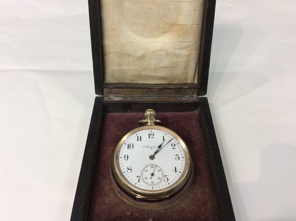 A gold plated Elgin pocket watch - image 3