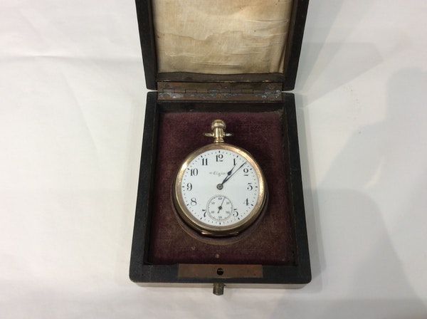 A gold plated Elgin pocket watch - image 2
