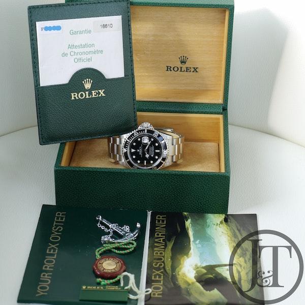 Rolex Submariner Date 16610 2004 - image 9