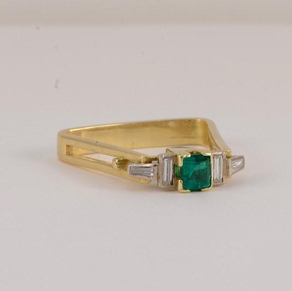 Emerald and diamond unique ring. Spectrum - image 5