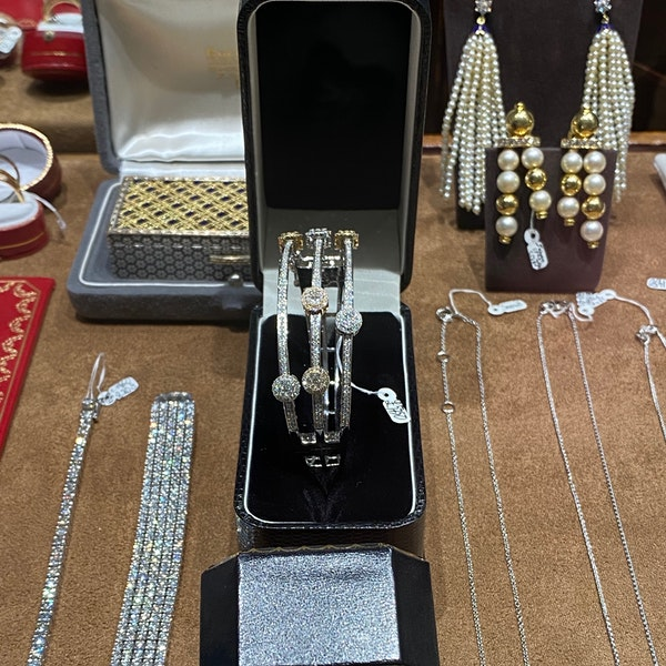 Diamond Bangle in 18ct White/Rose/Yellow Gold date circa 1990, SHAPIRO & Co since1979 - image 13