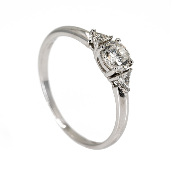 Diamond solitaire ring with triangular diamond shoulders - image 2