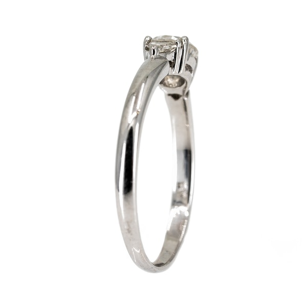 Diamond solitaire ring with triangular diamond shoulders - image 3