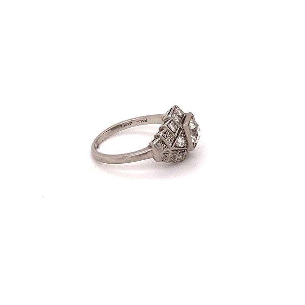 Stylish, Art Deco Ring Ca1920-35 - image 4