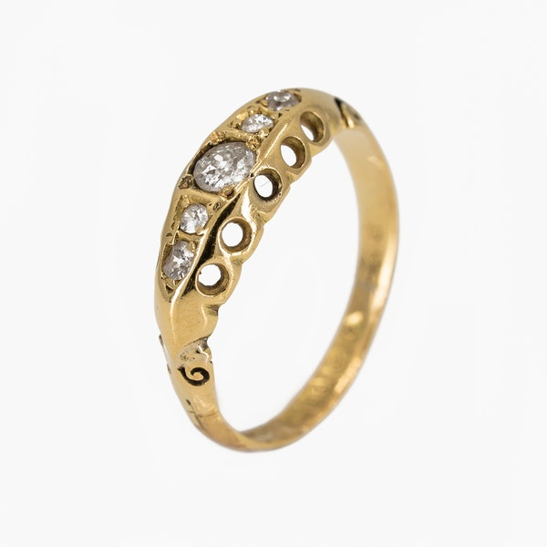 Victorian 5 stone diamond ring - image 2