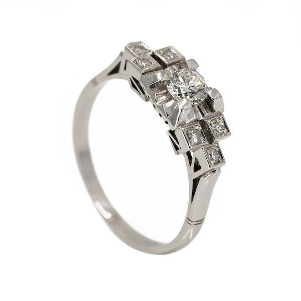 Art Deco one plus 6 diamond cluster ring - image 2