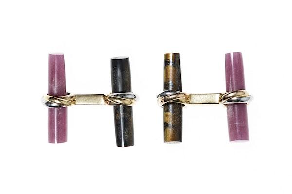 Vintage Cartier Baton Cufflink Set in 18 Carat Gold - image 3