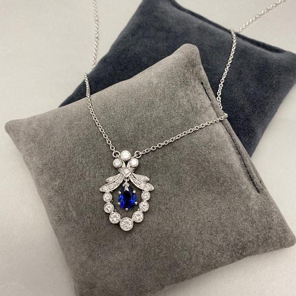 Sapphire Diamond Pendant in Platinum with 18ct White Gold Chain date circa 1950, SHAPIRO & Co since1979 - image 3