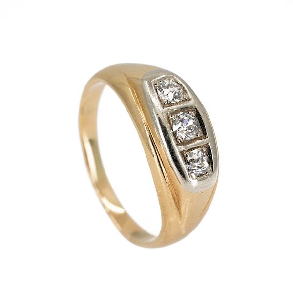 Gents/ladies 3 stone diamond ring - image 2