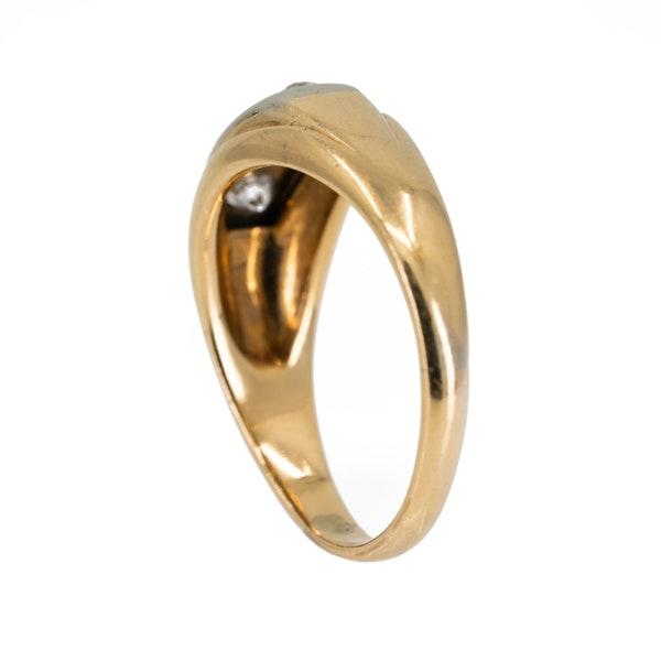 Gents/ladies 3 stone diamond ring - image 3
