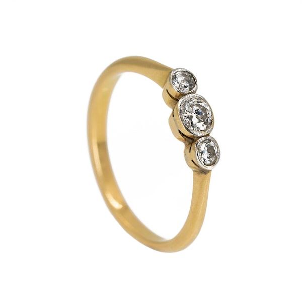 Edwardian 3 stone diamond ring, 0.50 ct total est. - image 2