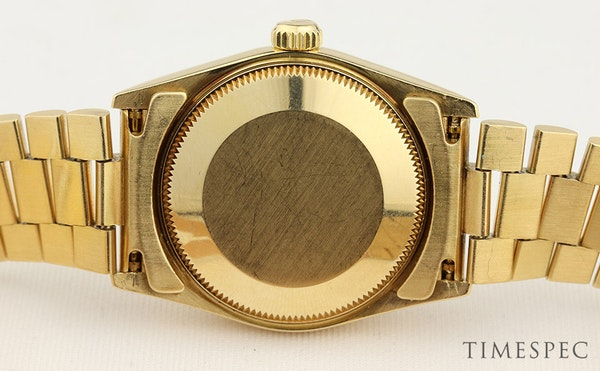 Rolex Datejust. 31mm case. Model 68278 Midsize 18K Yellow Gold with President Bracelet. Year 1994 - image 4