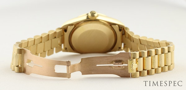 Rolex Datejust. 31mm case. Model 68278 Midsize 18K Yellow Gold with President Bracelet. Year 1994 - image 5