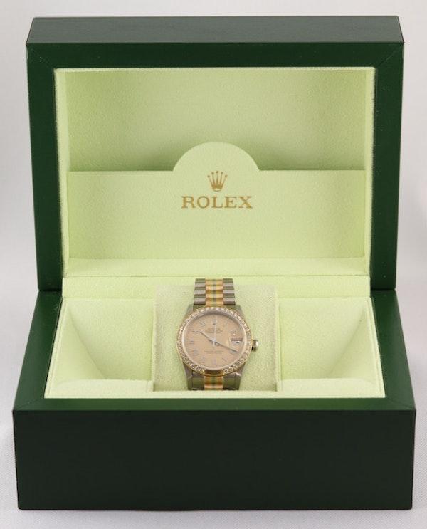 Rolex 18K Tridor Gold. 31mm. Model 68149. Midsize. Original Diamond Bezel. Year 1986 - image 11