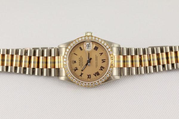 Rolex 18K Tridor Gold. 31mm. Model 68149. Midsize. Original Diamond Bezel. Year 1986 - image 8