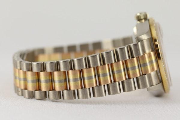 Rolex 18K Tridor Gold. 31mm. Model 68149. Midsize. Original Diamond Bezel. Year 1986 - image 6