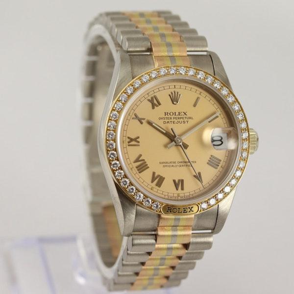 Rolex 18K Tridor Gold. 31mm. Model 68149. Midsize. Original Diamond Bezel. Year 1986 - image 2