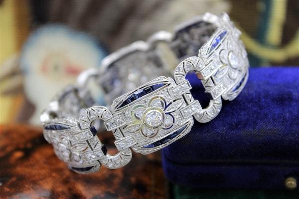 An exquisite Diamond & Sapphire Art Deco  Bracelet mounted in Platinum, English, Circa 1930 - image 2