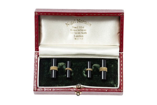 Vintage Onyx Baton Cufflinks in 18 Carat Gold - image 3