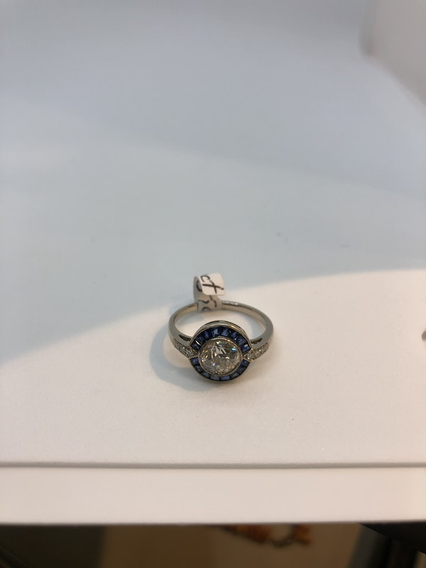 Art Deco style diamond sapphire target ring - image 3