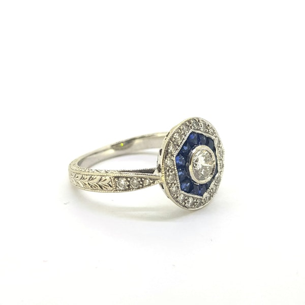Vintage Art Deco Sapphire & Diamond Ring - image 2