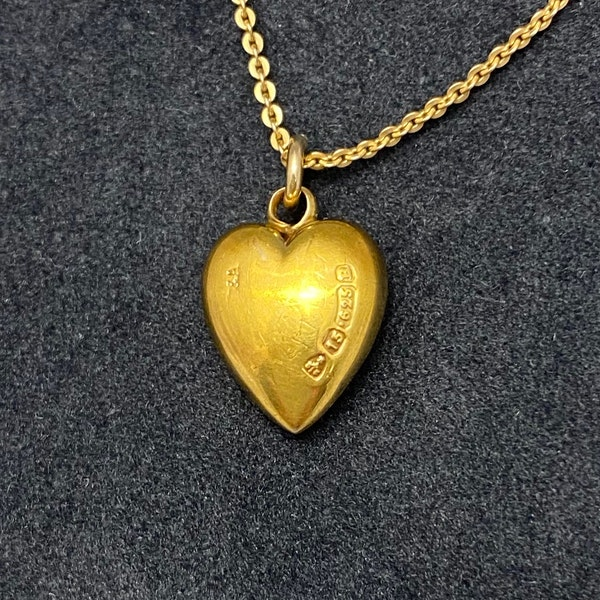 Heart Ruby Pendant in 15ct Gold date Chester 1885, SHAPIRO & Co since1979 - image 4