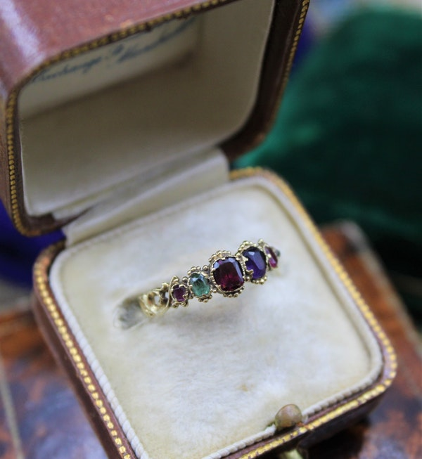 """A very fine example of an early Victorian Gem set """"Regard"""" Ring set in High Carat Yellow Gold, English, Circa 1850 - image 3"""