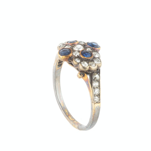 A Sapphire and Diamond Double Daisy Ring - image 2